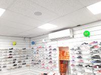 """התקנת מערכת שמע וסאונד בחנות נעלי איכות סניף מרכז/פ""""ת"""