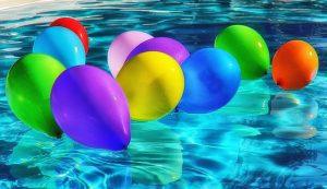 בלונים רמקולים לבריכת שחייה