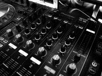 מתקיני מערכות שמע